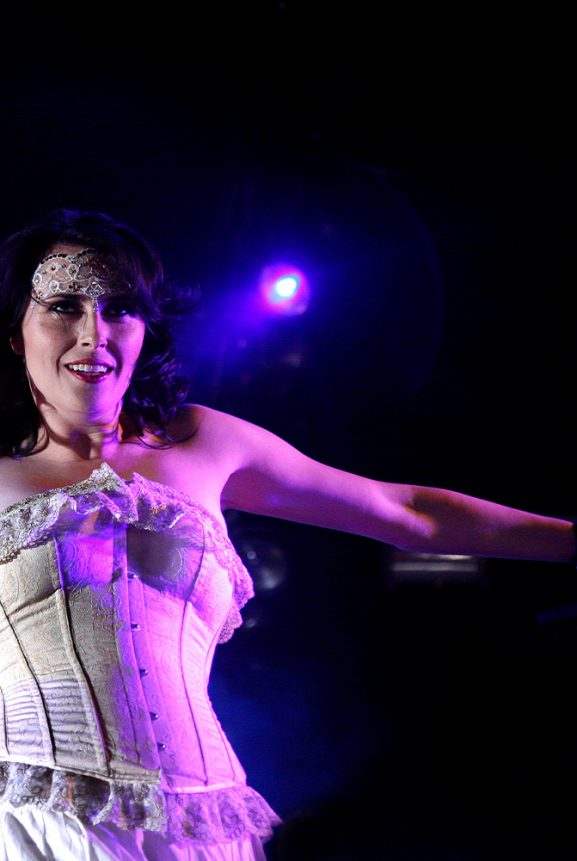 Sharon den Adel Dutch Rock Metal Within Temptation Dauwpop Live