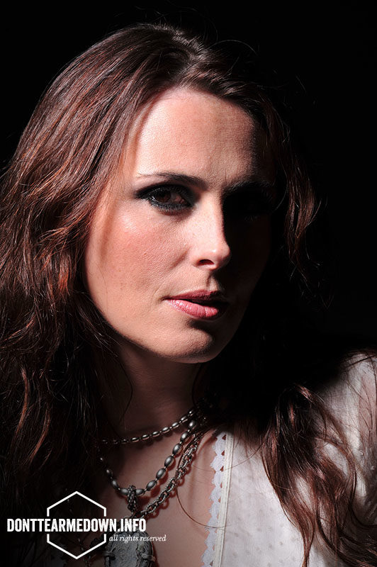 Within Temptation Photo Galleries Photo Session Metal Hammer