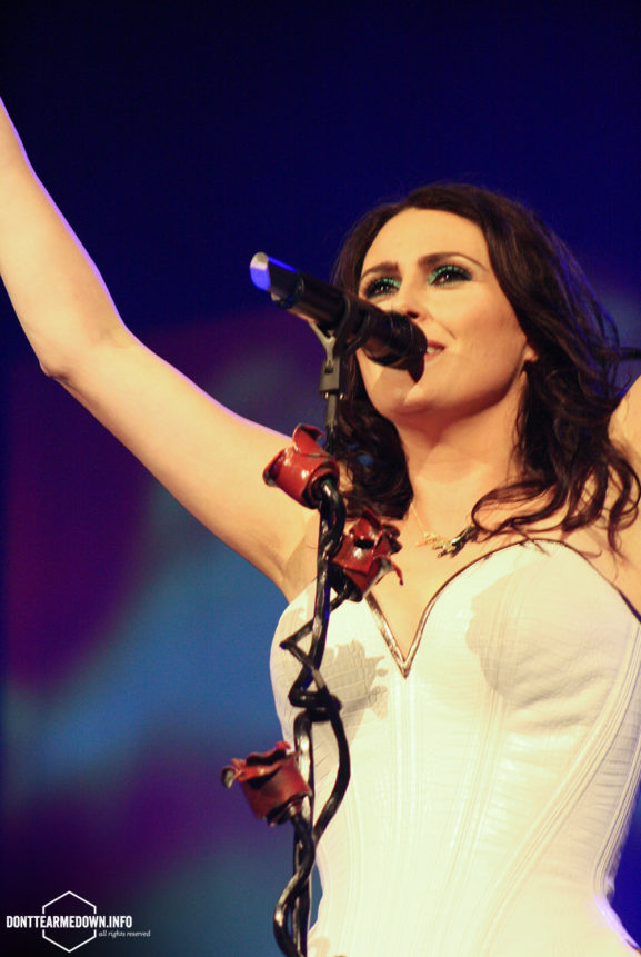 Within Temptation live at Paaspop 2015
