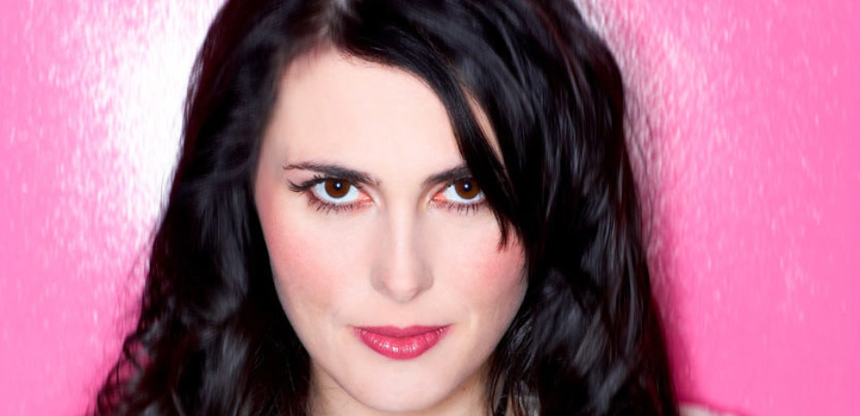 Sharon den Adel in 2018 - What to Expect