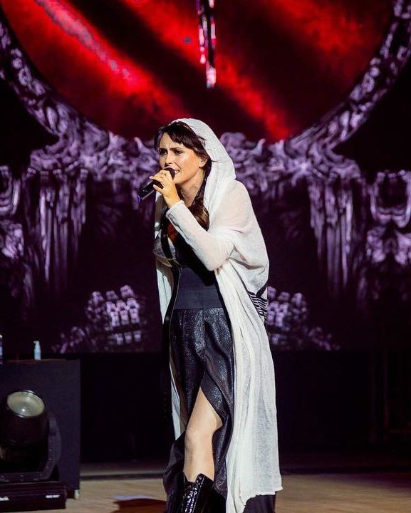 Within Temptation RESIST Live 2018 Yekaterinburg 01