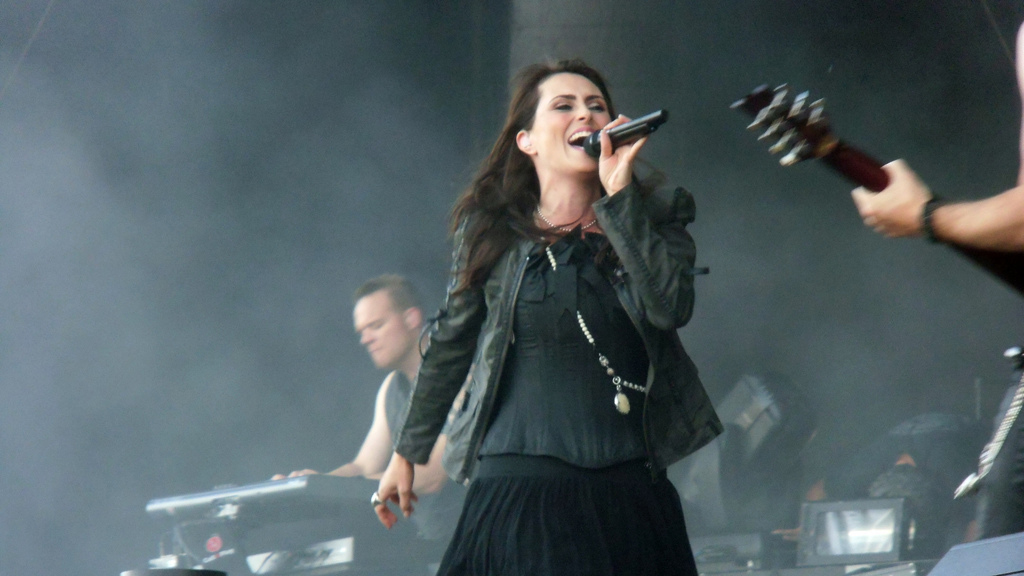 Within Temptation Sonisphere Spain 2012 Sabina Poison Girl