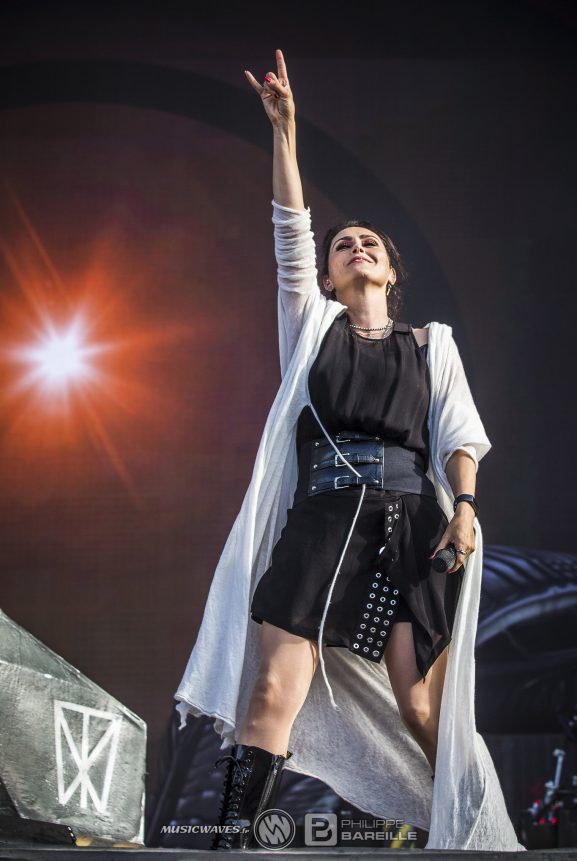 Dutch Rock Within Temptation Resist Hellfest Live