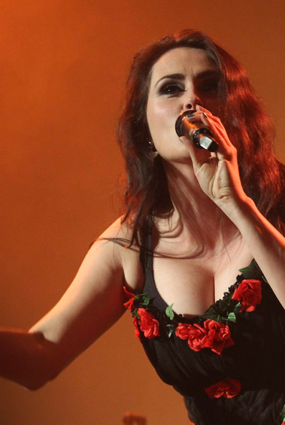 Sharon den Adel Within Temptation Actual Festival Live