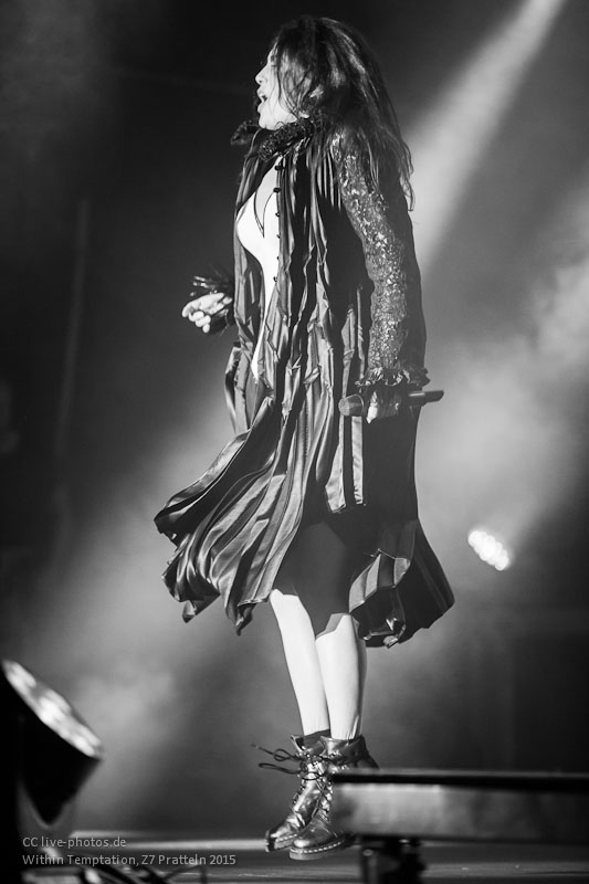 Within Temptation Live Show Photo 2015